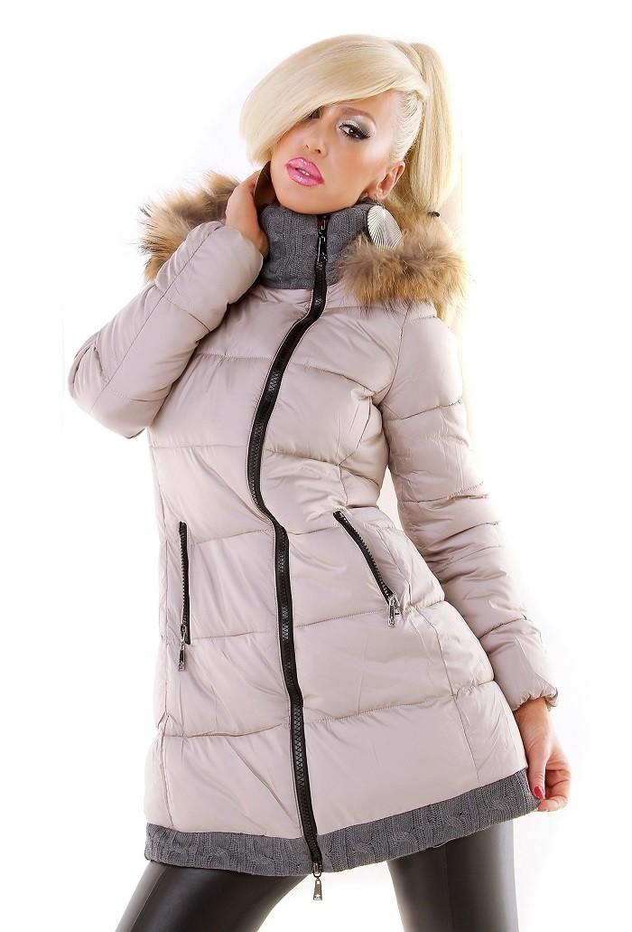 e4944c70fa9e Dámska zimná bunda s kapucňou a kožušinou - bežová Loveourfashion.sk